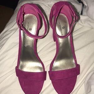 🆕Worthington fuchsia heel sandal sz 7